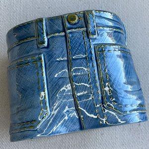 ADORABLE HANDCRAFTED VINTAGE CERAMIC BLUE JEANS PLANTER/POT/JAR